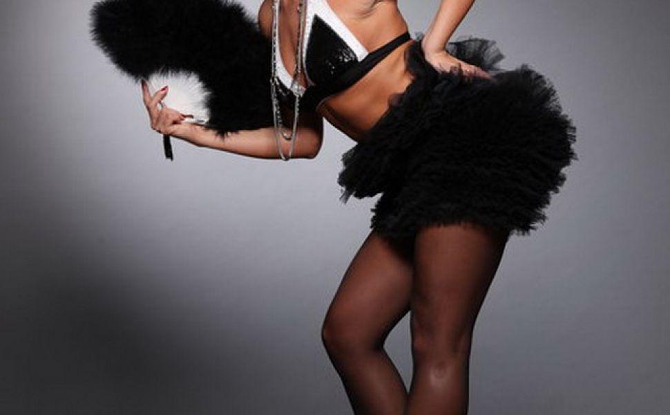 Delia Matache, in ipostaze sexy pe Facebook FOTO!