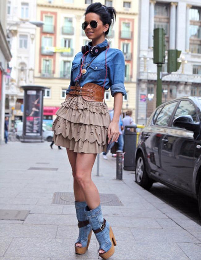 Inna La Plimbare Prin Madrid Pe Pantofi Mai Inalti De 12 Centimetri
