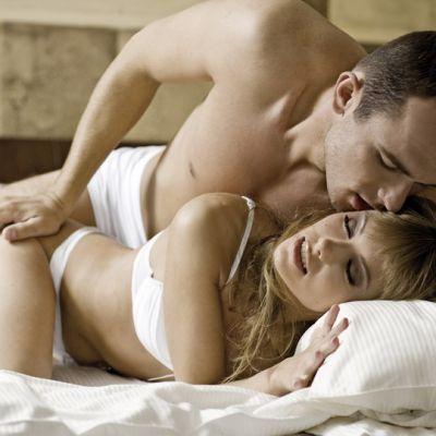 Pozitiile sexuale care dau pe spate orice femeie