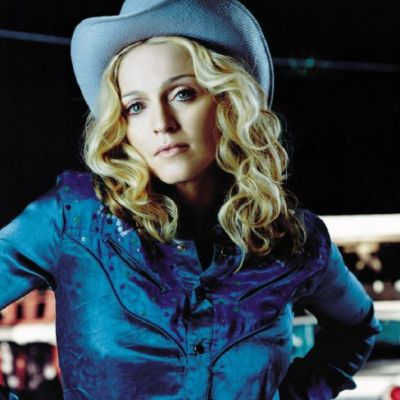 Dana Budeanu: Lady Gaga si Madonna sunt produse de marketing