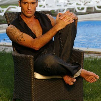Radu Valcan, barbatul perfect al anului 2010: Petrec doar 10 minute in fata oglinzii inainte sa ies din casa