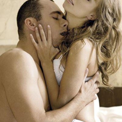 Top 5 pozitii sexuale pentru un orgasm garantat