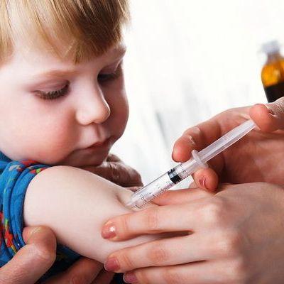 Afla de ce trebuie sa iti vaccinezi copilul
