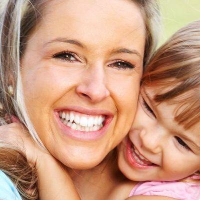 Mami, ai grija de dintii tai! Bacteriile din cavitatea bucala te pot imbolnavi