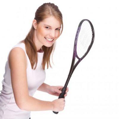 REGULAMENTUL CONCURSULUI  Sport pentru o femeie perfecta!Castiga un abonament la squash!