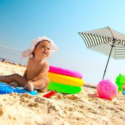 9 jucarii care nu trebuie sa-ti lipseasca la plaja