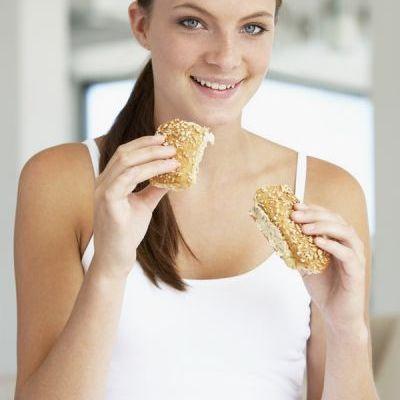 3 motive ca sa mananci paine integrala