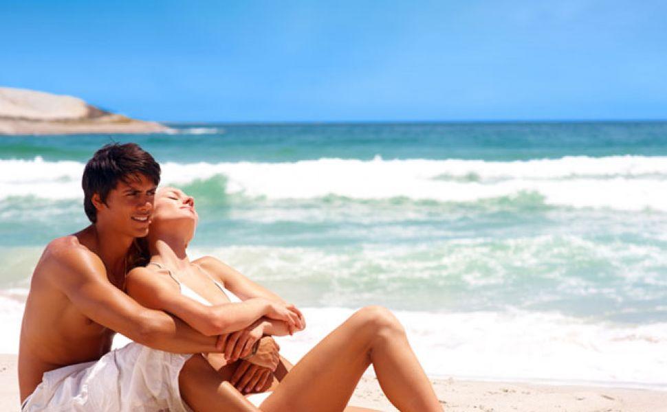 Femeile sunt innebunite dupa iubirile de-o vara. Vezi care sunt motivele