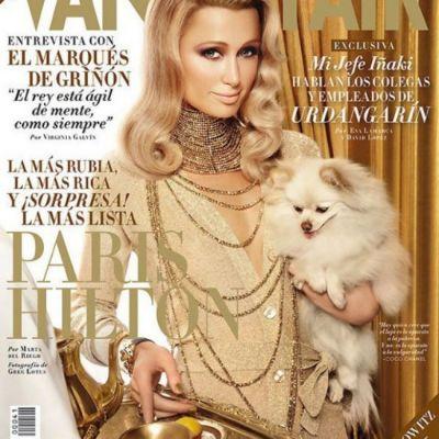 Paris Hilton si-a facut poze singura cu telefonul in timpul unei sedinte foto pentru Vanity Fair. Vezi cadrul penibil