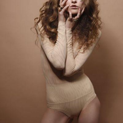 Iulia Albu este anti-anorexie.  Nu sunt anorexica, pur si simplu sunt foarte disciplinata. Anorexia este o boala si se trateaza