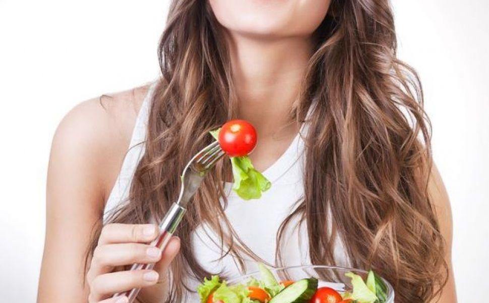 5 alimente delicioase și sănătoase care își taie pofta de mâncare