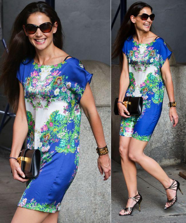 In sfarsit! Katie Holmes, o aparitie reusita in public: a impresionat cu un look fresh si o rochie cu imprimeu floral