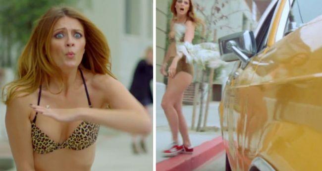 Ups! Mischa Barton a ramas doar in lenjerie intima pe strada, dupa ce un taxi i-a agatat rochia VIDEO