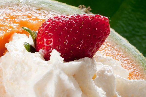 Cum prepari un desert delicios pentru copii: pepene cu inghetata
