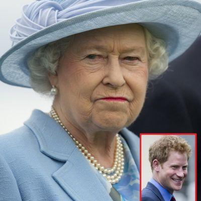 Fotografiile care o vor infuria pe Regina! Vezi imaginile in care Printul Harry apare complet dezbracat la o petrecere nebuna
