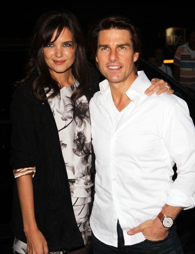 Adevarul socant despre casatoria lui Tom Cruise si Katie Holmes. Nici macar ea nu stie cum a ajuns sa ii fie sotie