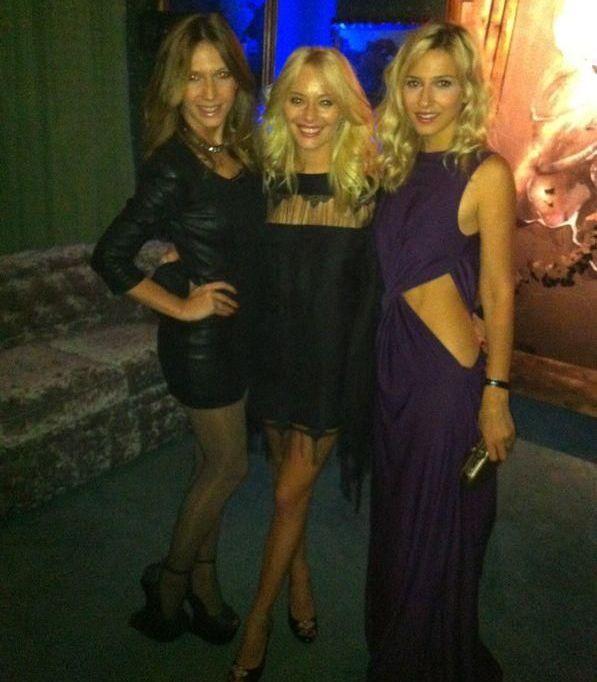 Una mai sexy ca cealalta. Voteaza cine are cea mai provocatoare tinuta: Dana, Adela sau Laura?