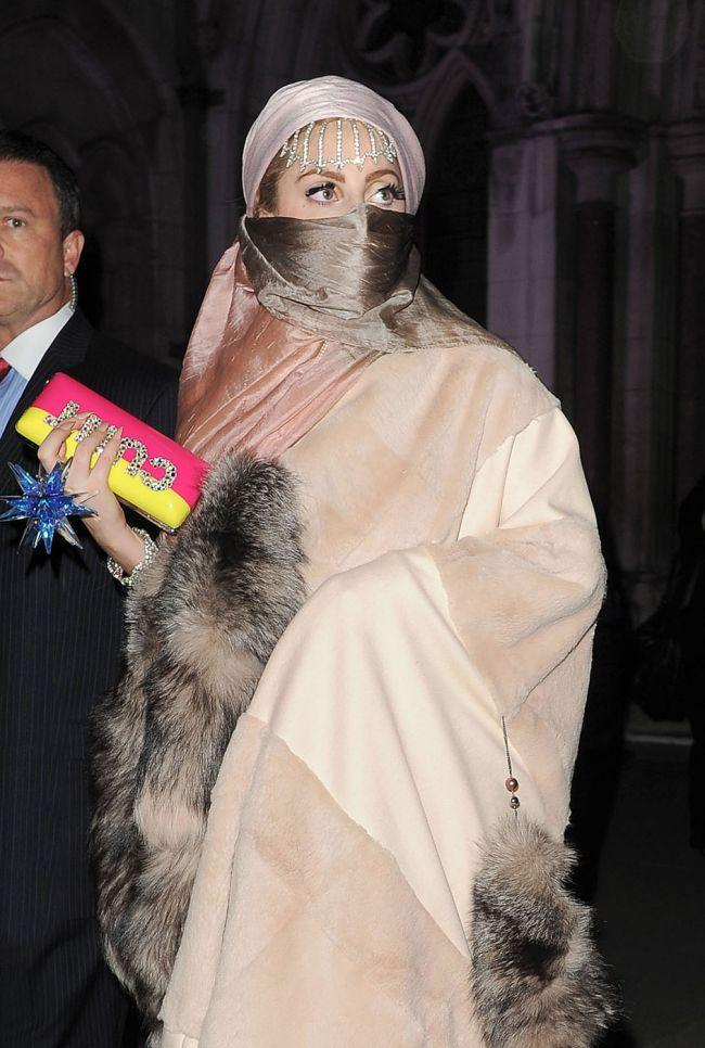 Baby Gaga pentru Lady Gaga? O vedeta cunoscuta din cercul cantaretei spune ca aceasta e insarcinata!