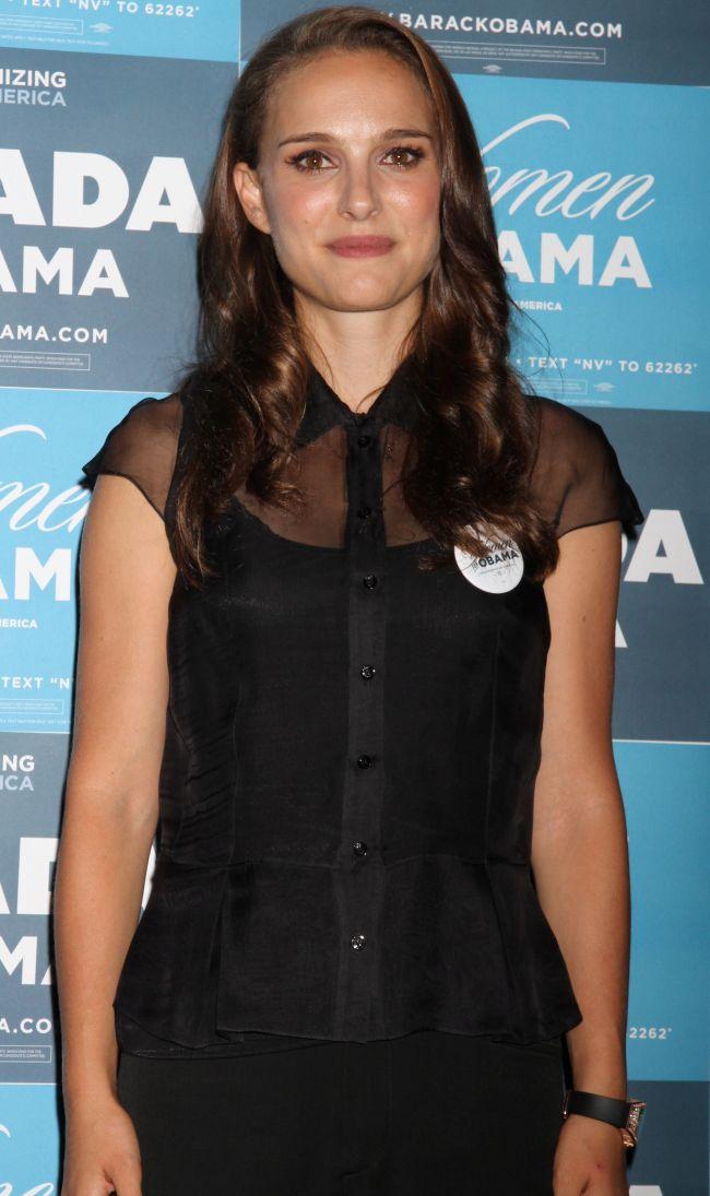 Natalie Portman s-a facut blonda pentru un film. Iti place noul ei look?
