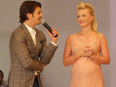 Imagini in exclusivitate cu nevasta lui Mihai Petre gravida! Uite ce bine arata Elwira Duda