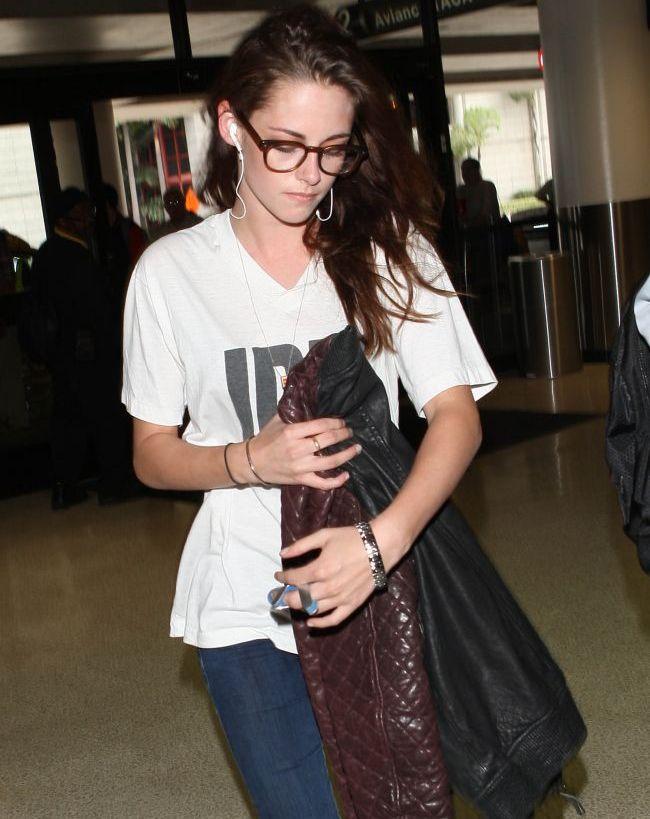 Lui Kristen Stewart ii este teama ca cineva vrea sa o ucida. Vezi ce motive invoca vedeta