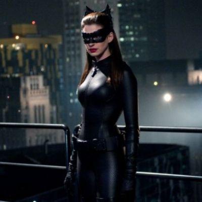 Dieta de Catwoman: ce trebuie sa mananci daca vrei sa intri intr-un costum mulat din latex de Halloween