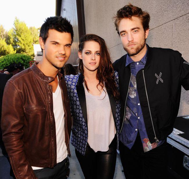 Kristen Stewart l-a inselat pe Robert Pattinson si cu Taylor Lautner? Ce secrete murdare din trecutul actritei au iesit la iveala