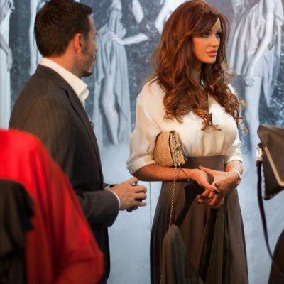 Bianca Dragusanu, aparitie stilata la lansarea noii colectii Dana Budeanu. Te asteptai sa o vezi intr-o tinuta atat de serioasa?