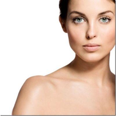 Zece otravuri pentru ten: care sunt produsele cosmetice de care trebuie sa te feresti pentru a nu a avea probleme