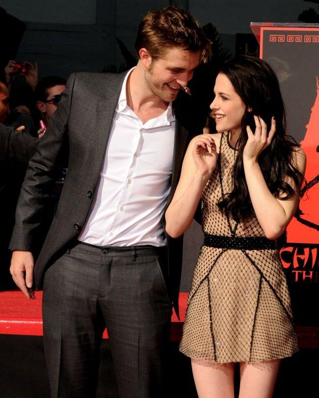 Robert Pattinson o tine din scurt pe Kristen Stewart. La ce solutii extreme apeleaza ca sa fie sigur ca nu il insala iar