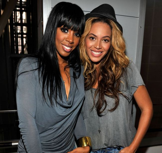 Cea mai buna prietena a lui Beyonce are cel mai ferm abdomen din showbiz. Cat de plat arata chiar si dupa ce mananca