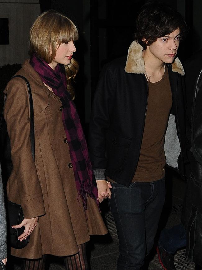 Taylor Swift, insarcinata cu copilul lui Harry Styles? O publicatie americana ofera detalii socante