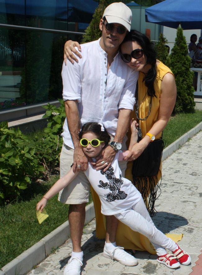 Stefan Banica Jr. s-a intors din vacanta fara sotia si fiica lui. Ce a declarat cantaretul despre Andreea Marin