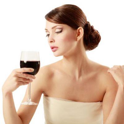 Un loc nou in Bucuresti, cu vinuri bune si multa arta! VIDEO