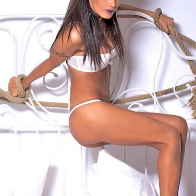 Schimbare radicala de look pentru Oana Zavoranu. Cum arata blonda si cu cateva kilograme in plus
