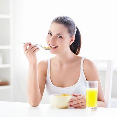 4 mituri despre dieta pe care poti sa le ignori