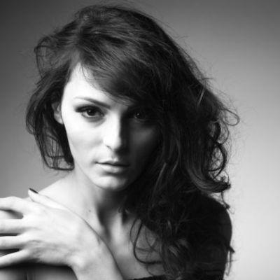 Afla daca ai castigat accesul la un seminar de make-up la Alina Brailescu Academy!