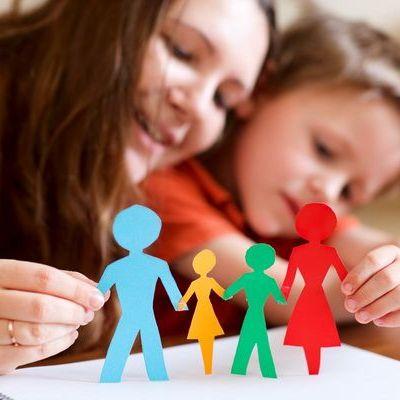 Martisoare pe care le pot face copiii. Uite ce modele poti crea impreuna cu cei mici de 1 Martie