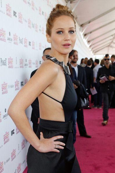 Jennifer Lawrence Transformata De Photoshop In Noua Campanie Pentru Di...