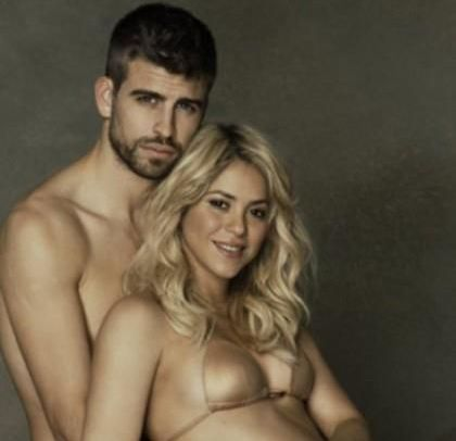 Shakira si-a revenit spectaculos dupa nastere. Uite pe ce tocuri umbla cu copilul in brate