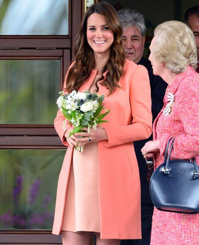 Soc in Anglia: un politist a spionat-o pe Kate Middleton timp de 4 ani, vanzand informatii exclusive tabloidelor. Vezi la cat a fost condamnat pentru actiunile sale