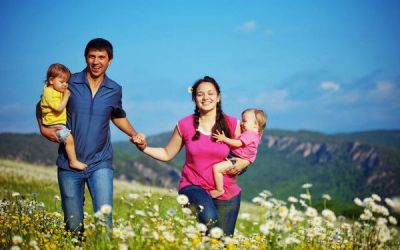 Vrei sa ai gemeni? Vezi 7 factori care influenteaza aparitia unei sarcini gemelare