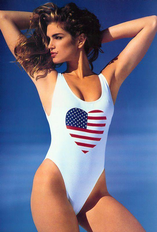 Cel mai apreciat supermodel al anilor  90 are o fiica pe masura. Fata lui Cindy Crawford se transforma intr-o adevarata frumusete a Hollywoodului