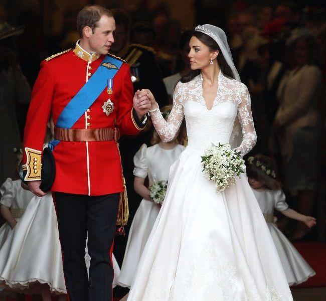 Momentul care a infuriat-o pe Kate Middleton: printul William s-a intalnit cu fostele iubite la nunta unui prieten. Cum arata cele care fi putut ajunge ducese in locul ei
