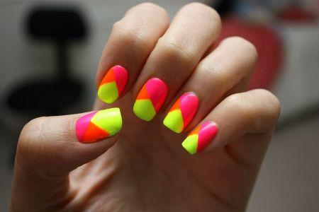 Vara Aceasta Se Poarta Unghiile In Culori Neon Inspira Te Din