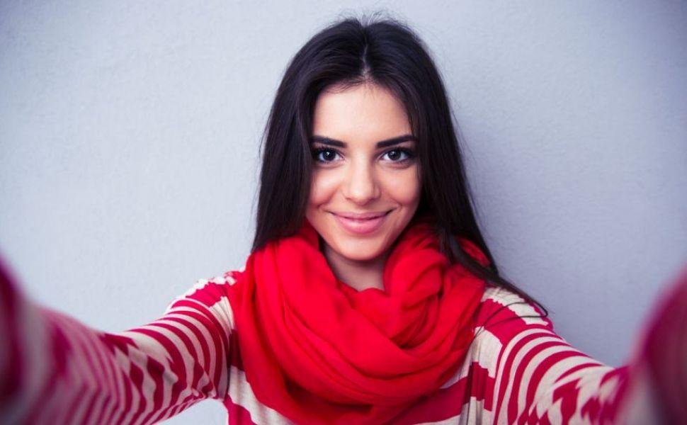 11 trucuri pentru a iesi intotdeauna perfect in fotografii