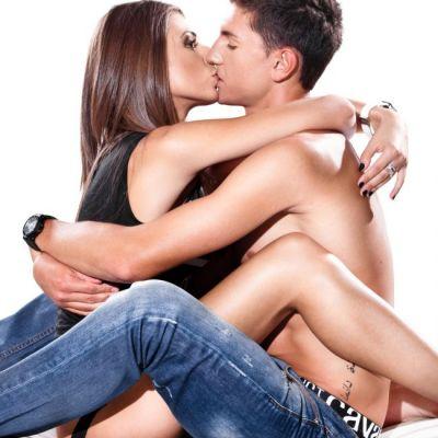 Cele mai intime pozitii sexuale. Cum sa transformi partida de sex intr-una de iubire