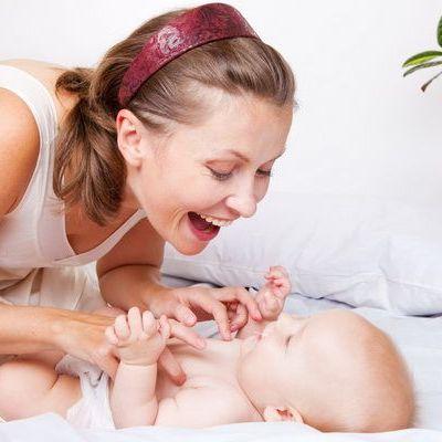 Ingrijirea pielii bebelusului si iritatiile cauzate de scutec
