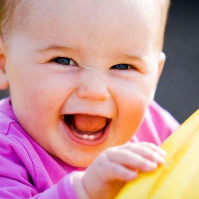 Ingrijirea danturii bebelusului. Cat de importanti sunt primii dinti si cum ii ingrijim