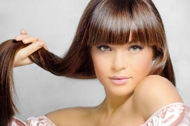 Ce să faci ca să ai un păr mai lung. Vezi care sunt pașii pe care trebuie să-i urmezi